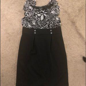 Voir voir black dress